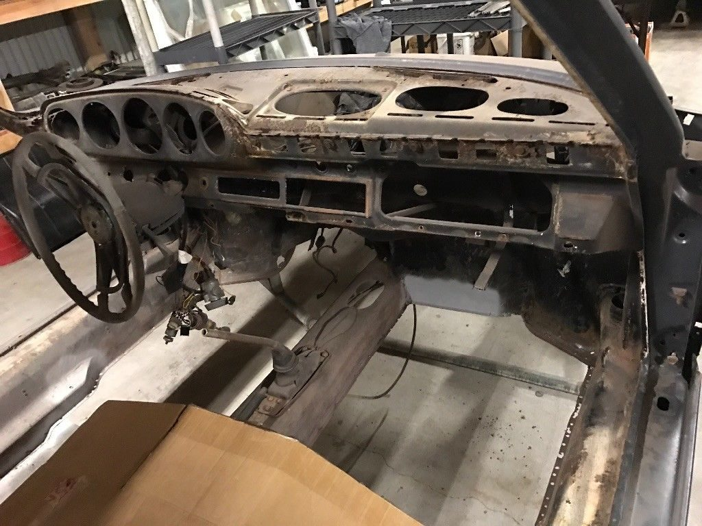 1969 Porsche 911E Sunroof coupe matching numbers motor project
